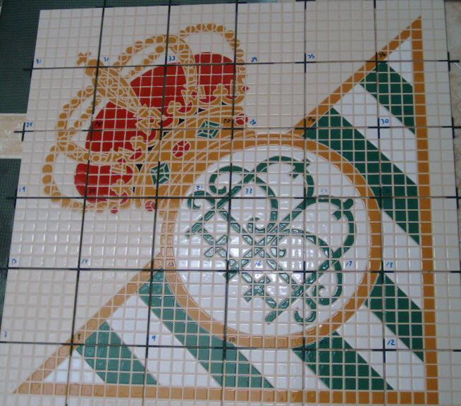 Cer mica del sur azulejos pintados a mano escudos for Dibujos para piscinas en gresite